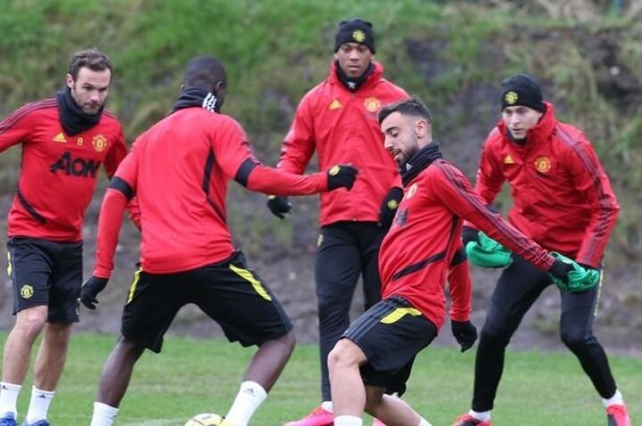 Man Utd confirm 25-man Premier League squad, Jones & Romero out