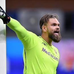 """FIORENTINA goalie DRAGOWSKI's agent: """"Renewing? It's early. He's happy here, though"""""""