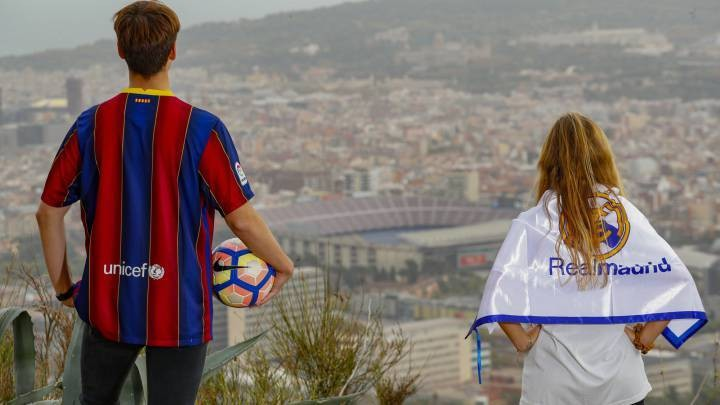 Empty Camp Nou Clásico reflects current state of both sides