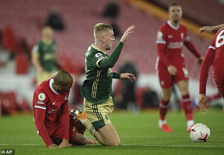 Premier League did look at whether Fabinho fouled McBurnie