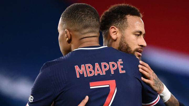 PSG prioritise Mbappé's contract and put Neymar's aside