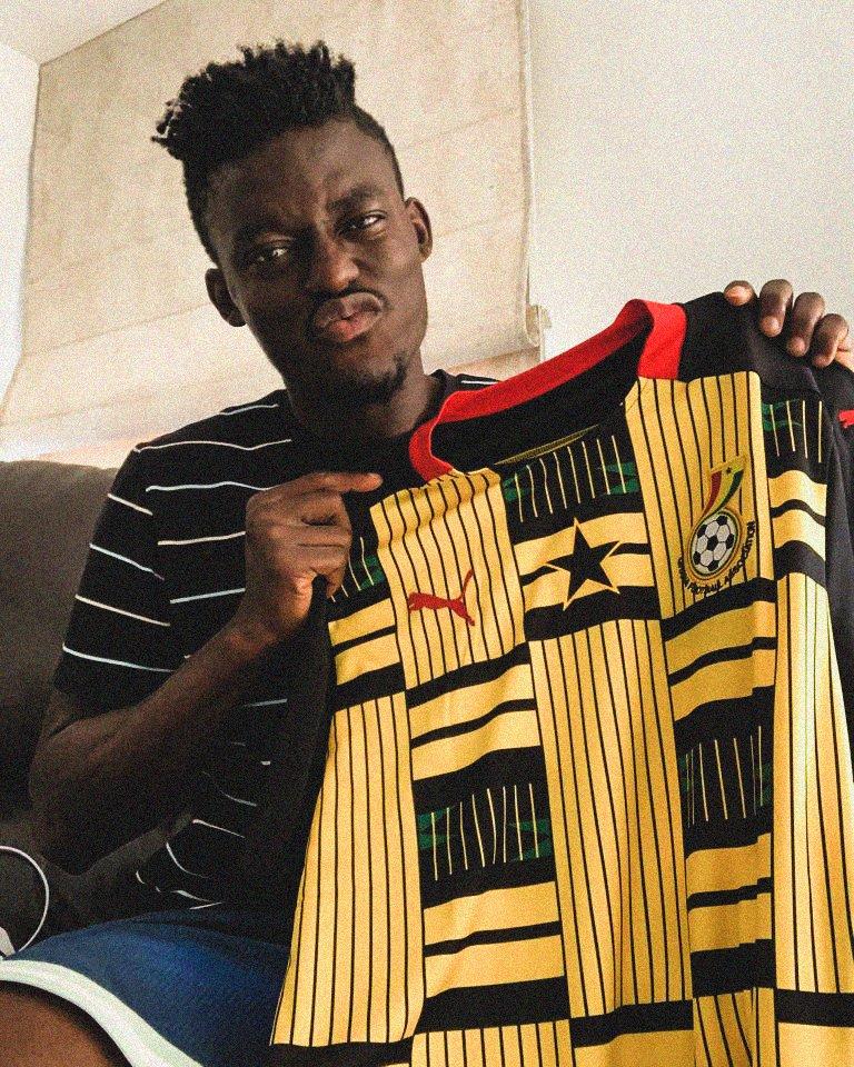 Baba Iddrisu, Kwadwo Asamoah model in new Black Stars jersey