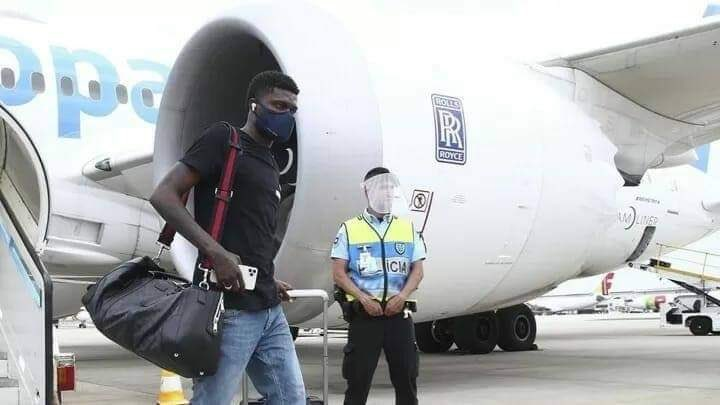 Breaking News: Thomas Partey arrives in London to complete Arsenal switch, £45m paid