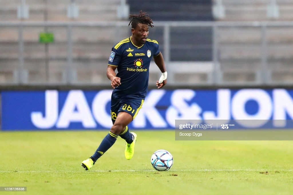 Ghana's Ebenezer Assifuah strikes twice and picks assist as Pau FC sink Chateauroux
