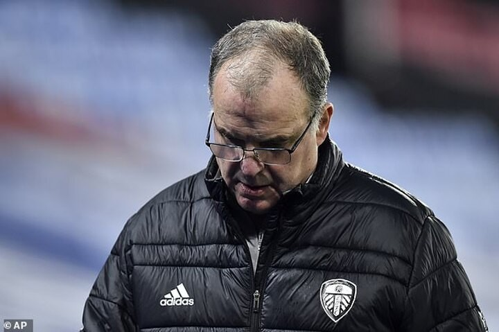 Leeds United won't desert attacking principles, says boss Marcelo Bielsa after successive 4-1 losses