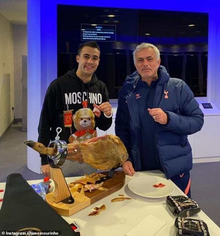 Mourinho pays £500 on a leg of ham 'as a reward for Reguilon after beating City'