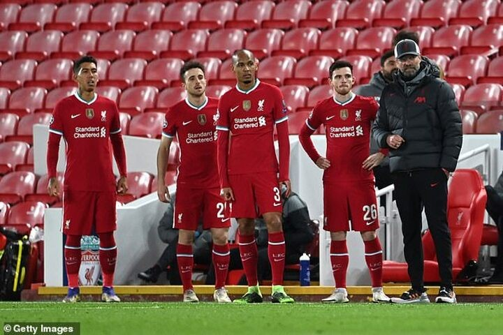 Michael Owen claims Liverpool's display in Atalanta loss was 'a really really poor performance'