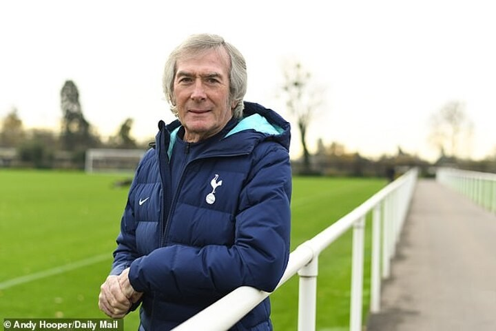 Pat Jennings on that move across London - and how he's still Tottenham through and through