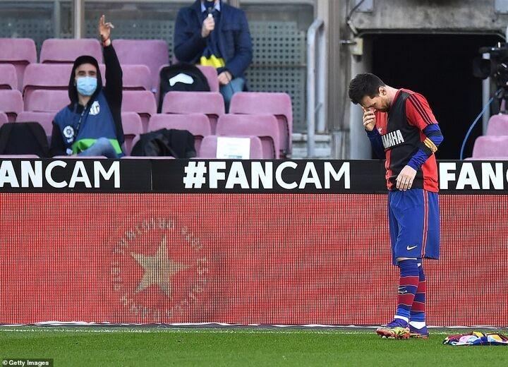 Barcelona 4-0 Osasuna: Messi scores stunning goal to salute Diego Maradona