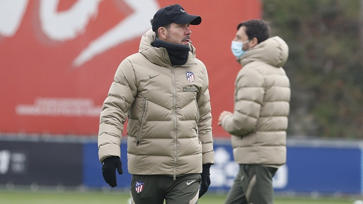 Simeone: This virus is strange, if Suarez tested negative on Tuesday, he could be fit