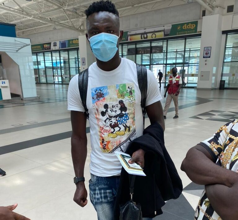 Ex-Hearts defender Vincent Atinga flies out to South Africa to seal Uthongathi FC deal