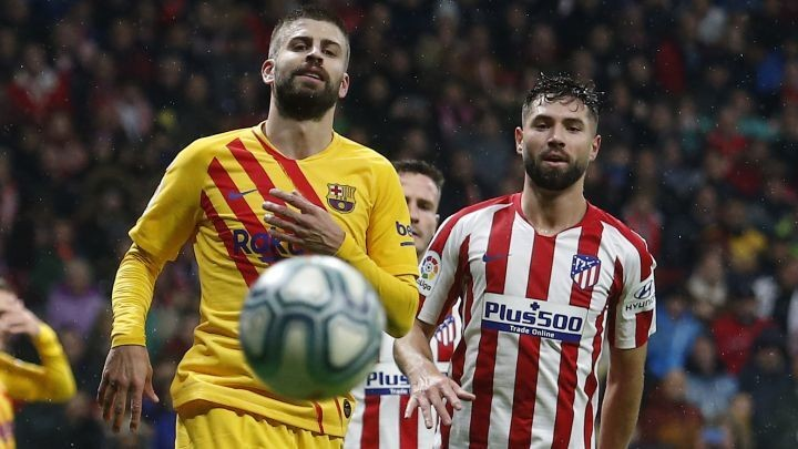 Barcelona earmark Atlético's Felipe as Piqué's replacement