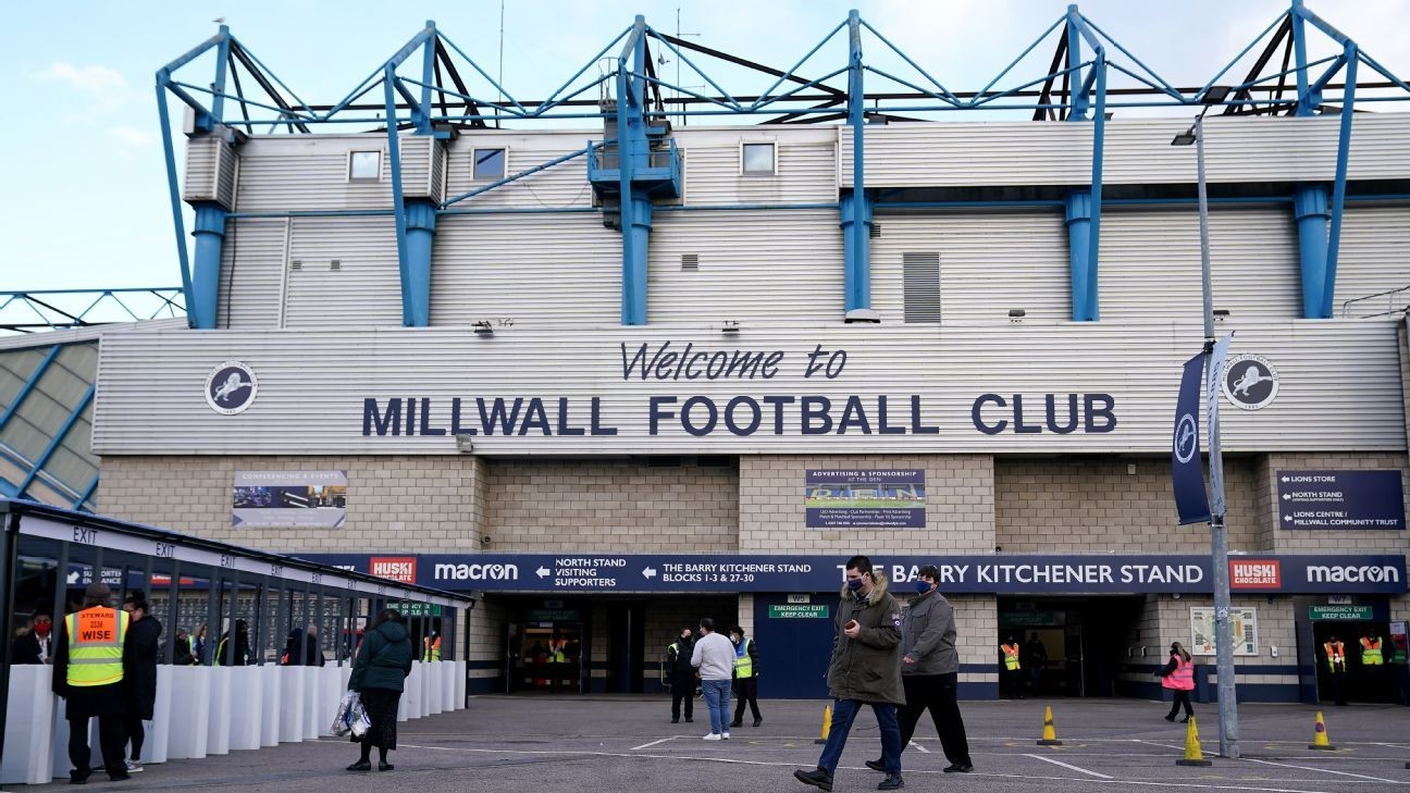 Fans boo as Millwall, Derby take a knee