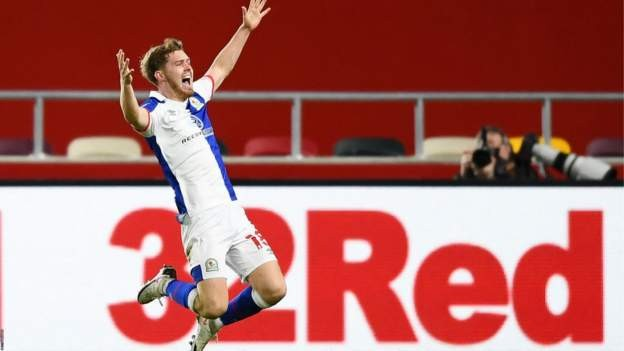 Rovers strike late to hold Brentford
