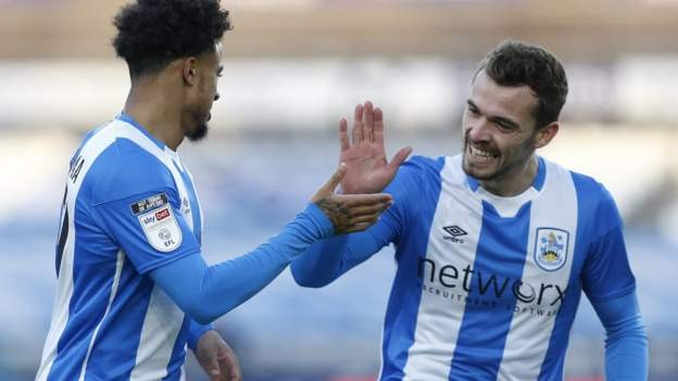 Huddersfield ease to victory over QPR