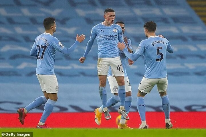 Phil Foden fires title warning to Manchester United and Liverpool after win over Brighton