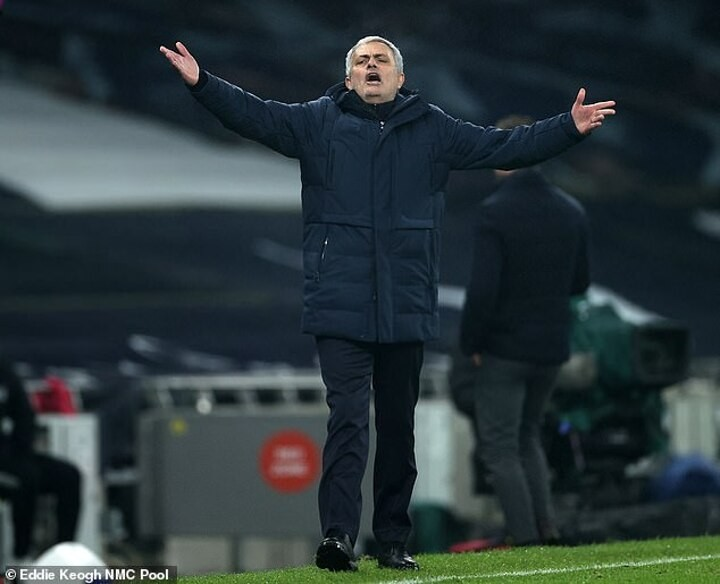 Mourinho left frustrated by Tottenham's lack of cutting edge in Fulham draw