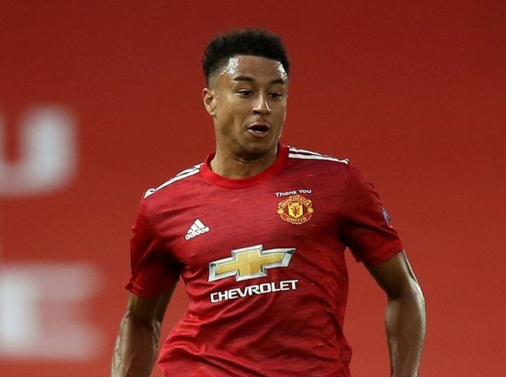 Man Utd transfer round-up: Lingard in talks, Diallo arrives, Fosu-Mensah departs