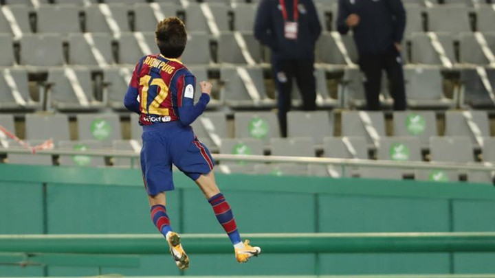 Riqui Puig: Throwing in the towel? If Koeman plays me, I'll take advantage of it