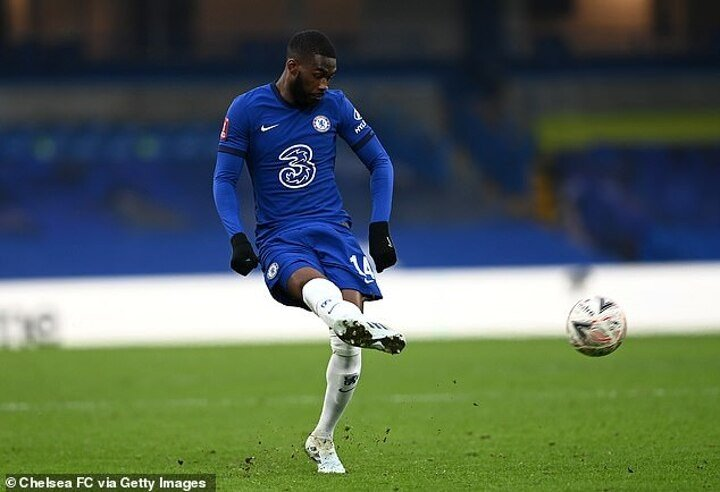 Frank Lampard insists he has 'long-term plan in his head about Fikayo Tomori's future at Chelsea'