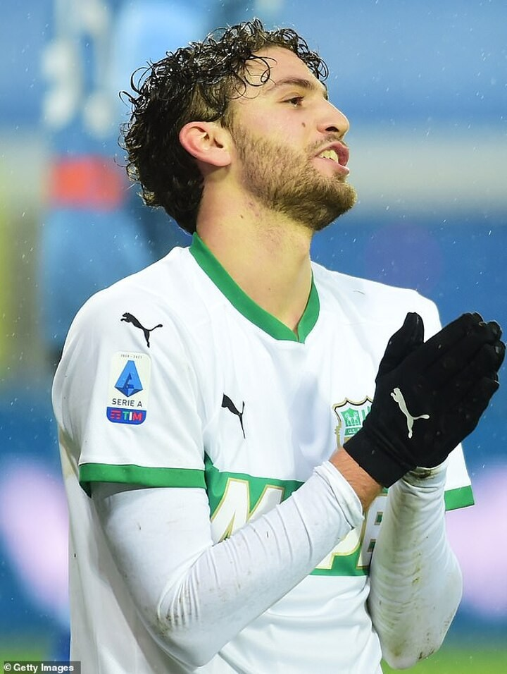 Sassuolo 'won't consider' any bid for Manuel Locatelli after interest from Manchester City