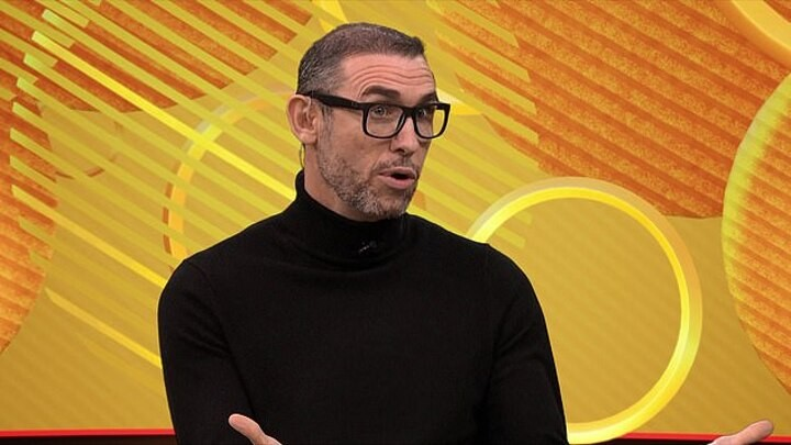 Martin Keown insists Man Utd must beat Liverpool at Anfield to have title shot