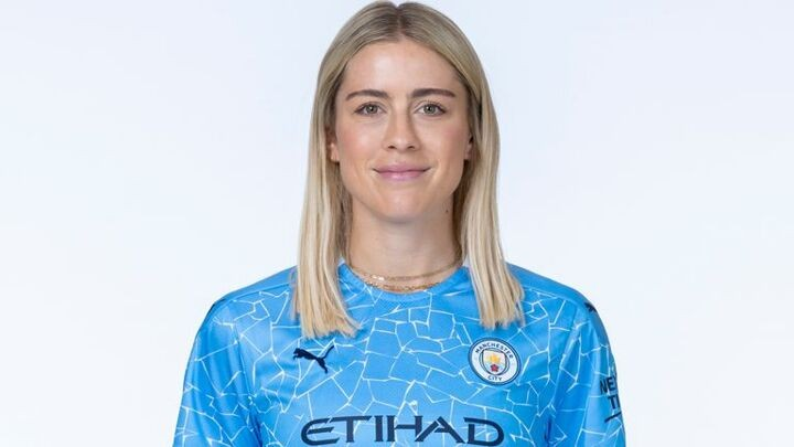 Abby Dahlkemper: Manchester City sign USA's World Cup-winning defender