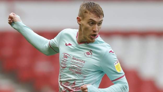 Fulton signs new Swansea City deal