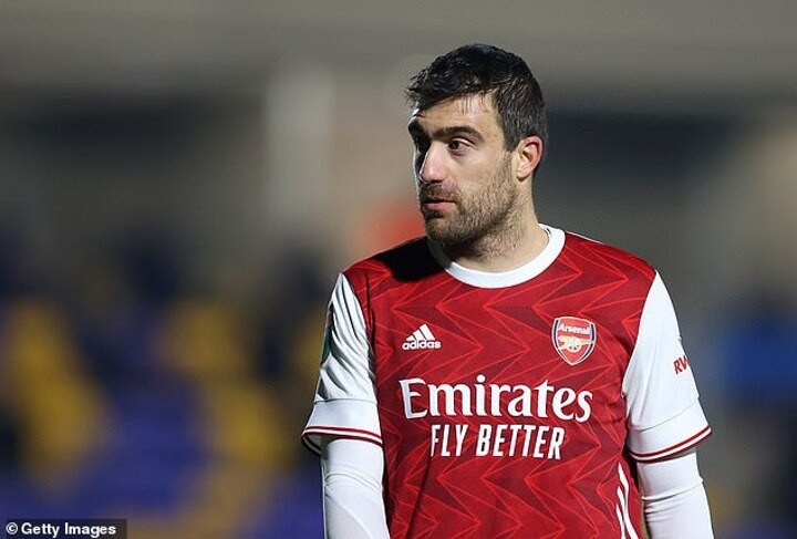 Arsenal have agreed to terminate the contract of defender Sokratis