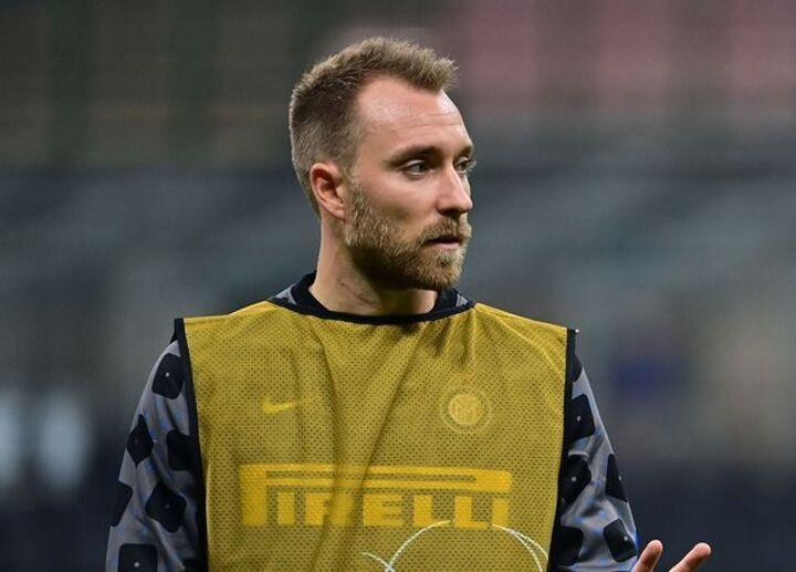 Man Utd transfer round-up: Eriksen offer made, Juan Mata contract latest