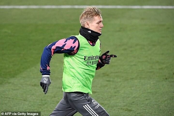 Mikel Arteta refuses to rule out a loan move for Real Madrid's Martin Odegaard