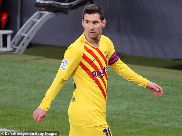 Barcelona 'are angry with PSG over their public pursuit of Lionel Messi'