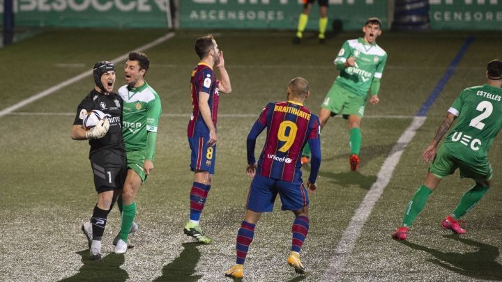 Cornellà - Barcelona: Ramón Juan, first goalkeeper to save two penalties against Barça