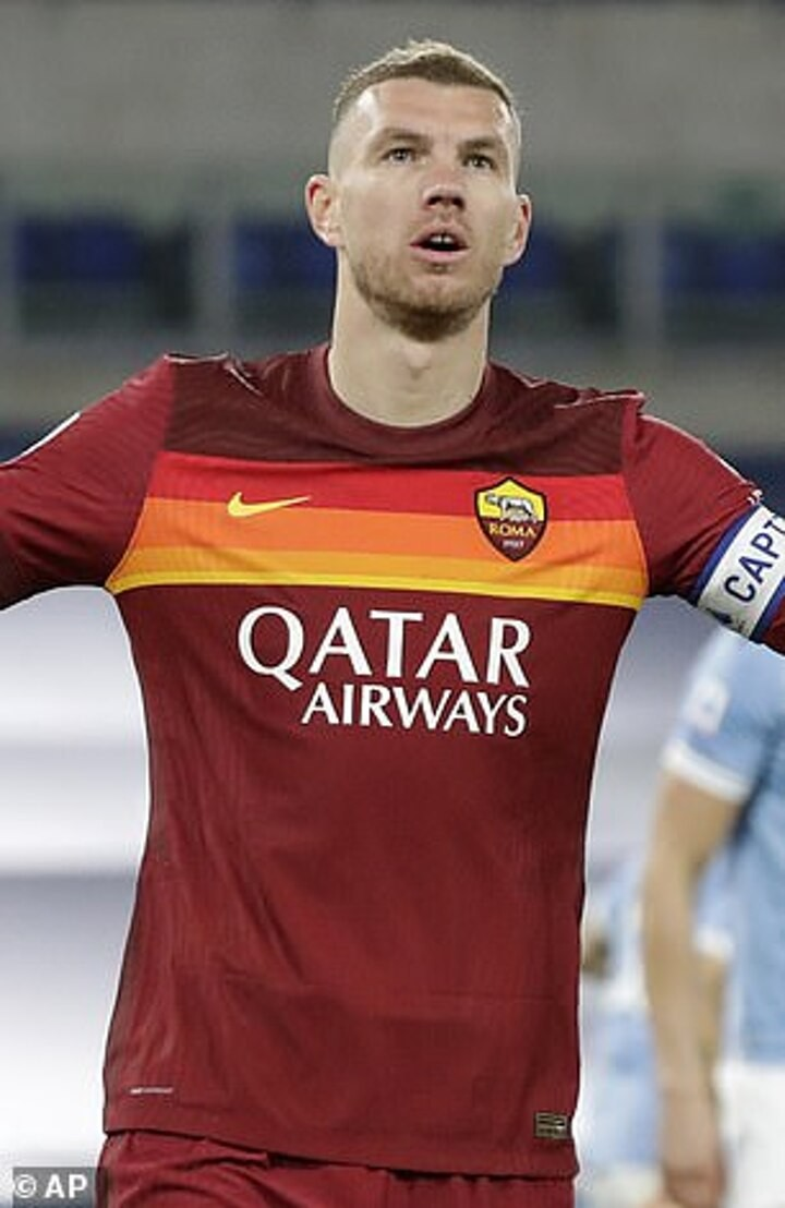Juventus 'not in talks to sign Edin Dzeko from Roma' despite rising tensions