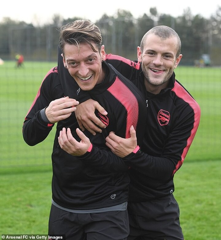 Wilshere claims Ozil was not given a 'fair opportunity' during his final year