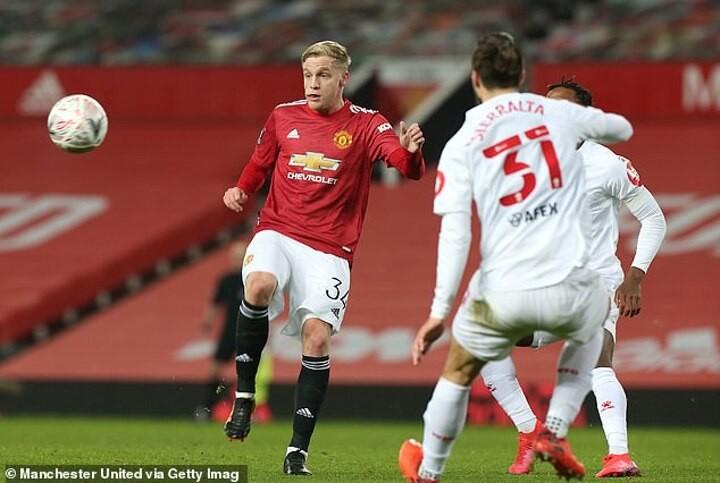 Solskjaer believes Donny van de Beek could inflict further pain on Liverpool