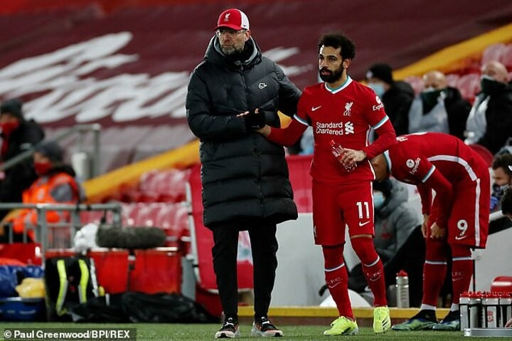 Klopp says Salah's contract talk is NOT a distraction amid player's Spain hints