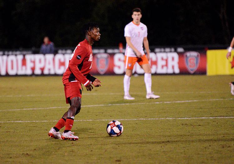 San Jose Earthquakes select Ghanaian midfielder George Asomani in MLS Draft