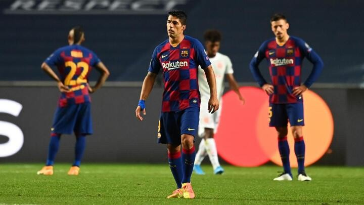Barcelona tell Luis Suárez he could no longer play at top level