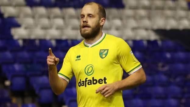 Pukki double helps Norwich beat Blues