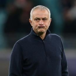 TOTTENHAM might part ways with MOURINHO. 2 names screened upon