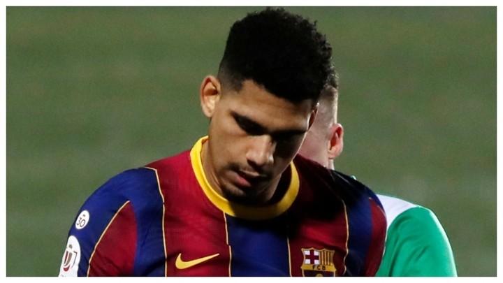 Ronald Araujo trains and could face Sevilla