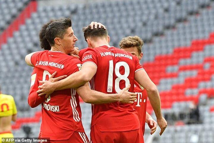 Bayern 5-1 Cologne: Lewandowski and Gnabry hit braces at the Allianz Arena