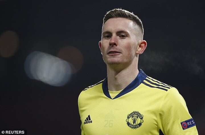 Man Utd pay Carlisle £10,000 EVERY time Dean Henderson plays for the Red Devils