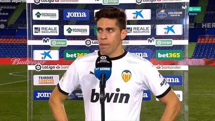 Ex-Arsenal defender Gabriel breaks down in TEARS as he admits Valencia are 'f*****'