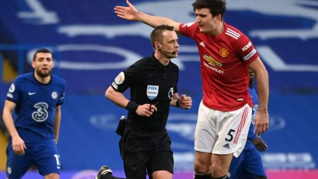 Chelsea held by Man Utd in dour draw