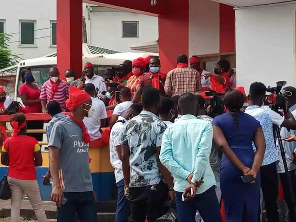 Hearts fans lock up Secretariat in protest against bad management