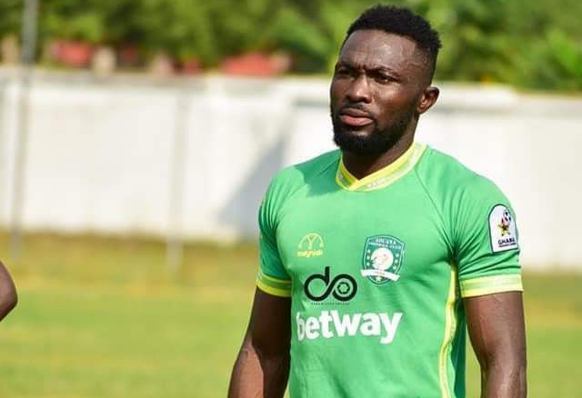 BREAKING NEWS! Aduana Stars defender Farouk Adams arrested for hitting police officer with car