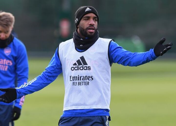 Lacazette transfer risk, Smith Rowe comments and Arsenal training ground rumours