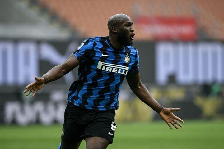 Man Utd 'trigger £43m clause' after missed Romelu Lukaku transfer payment